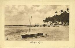 Cook Islands, Native Catamaran At Penrhyn Lagoon (1920s) Postcard - Cook Islands