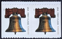 """USA, 2007, Mi 4202?, Liberty Bell - Inscription """"FOREVER"""" - Self-Adhesive, Strip Of 2, MNH - Musica"""