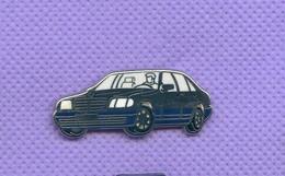 Rare Pins Voiture Mercedes Arthus Bertrand R327 - Mercedes