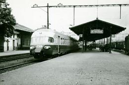 "Saint-Maurice. Rame Trans Europ Express RAe Des CFF. TEE ""Cisalpin"" Milan - Paris. Cliché Jacques Bazin. 09-09-1963 - Treinen"
