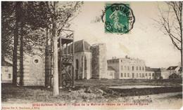 CPA - 77 - GRISY-SUISNES - Place De La Mairie Et Restes De L'ancienne Eglise - - Otros Municipios
