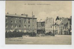 MAUBEUGE - La Place De Wattignies - Maubeuge