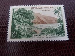 GUADELOUPE - Rivière Sens - 8f. - Vert Et Ocre - Neuf Avec Trace - Année 1957 - - Unused Stamps