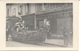 CPA - France - (85) Vendée - La Roche-Sur-Yon - Carte Photo - Char De La Fête Des Fleurs Rue Des Sables - La Roche Sur Yon