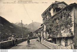 D06  SAINT MARTIN VÉSUBIE  L'Avenue Poullan Entrée Du Village - Saint-Martin-Vésubie