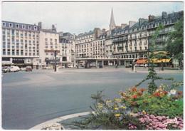 44. Gf. NANTES. La Place Du Commerce. 2067 - Nantes