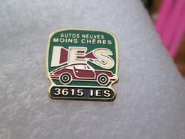 PIN'S    I E S  PORSCHE  911   AUTOS NEUVES MOINS CHÈRES - Porsche