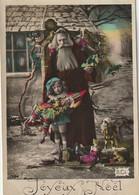 """RE 20- """" JOYEUX NOEL """" - SANTA CLAUS ET ENFANT LUTIN AVEC  JOUETS : POUPEE , MARIONNETTE , CHEVAL DE BOIS . - 2 SCANS - Santa Claus"""