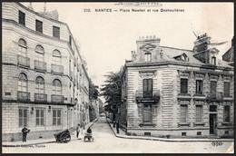 Nantes, Place Newton Et Rue Deshoulières - Nantes