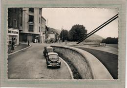 CPSM Dentelée - (07) SERRIERES  - Aspect Des Quais Du Rhône Dans Les Années 50 - 4 CV Renault ( Voiture Ancienne ) - Serrières