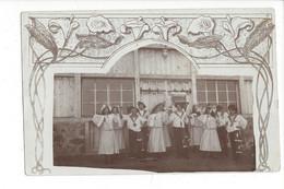 28055 -  Leysin Carte Photo Groupe Danse Ou Théâtre Devant Façade Avec Pub Brasserie Rheinfelden - VD Vaud