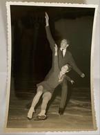 Photo De Sport. Championnats Du Monde De Patinage Artistique. Figure De Patinage. 1967. Duo. - Deportes