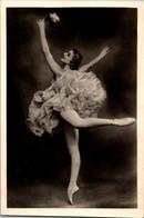 USSR 1950s Dudinskaya Raymonda Ballet Theater Ballerina - Danza
