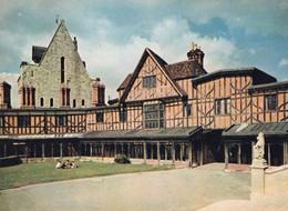 Windsor Castle - Horseshoe Cloister And Curfew Tower - Formato Grande Non Viaggiata  – FE190 - Unclassified