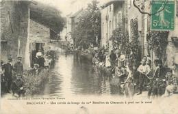 """CPA FRANCE 54 """" Baccarat, Une Corvée De Lavage Du 10ème Bataillon De Chasseurs à Pied Sur Le Canal"""" - Baccarat"""