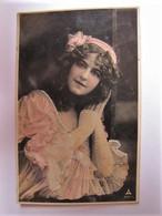 PIN-UPS - Portrait - 1908 - Pin-Ups