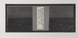 Plaque De Verre. Négatif. Belgique.Guerre 14/18. Explosion D'un Abri à Munitions à Dixmude 1917 - Diapositiva Su Vetro