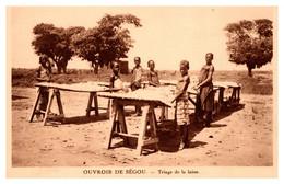 Togo - Ouvroir De Ségou - Triage De La Laine - Togo