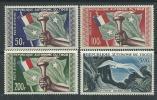 Togo P.A.  N° 25 / 28  XX Flambeau Et Drapeau Et Cigogne, Les 4 Valeurs Sans  Charnière, TB - Togo (1960-...)