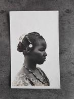 ED LATTES DARTE CARTEALE CP AFRIQUE AOF HAUTE VOLTA  FEMME JEUNE TOUCOULEURS ANNEES 60 TBE - Afrika