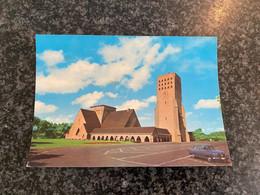 Oostduinkerke - OOSTDUINKERKE Eglise Saint Nicolas Sint NiklaasKerk + Borgward Auto Mercedes - Oostduinkerke