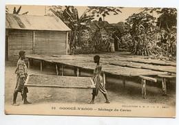 GABON OGOOUE  N'KOGO Séchage Du Cacao Indigènes Transport Palette 1920  No 32 Coll SHOGP   D10 2021 - Gabon