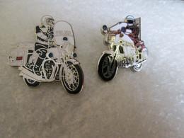 PIN'S   Lot 2  Moto  POLICE    Email Grand Feu  DEHA - Motorfietsen