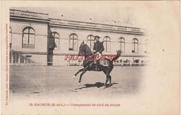 CPA SAUMUR - CHANGEMENT DE PIED AU TEMPS - Saumur