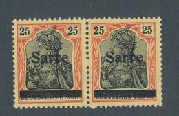 SARRE - PAIRE N° 9 NEUVE** SANS CHARNIERE SIGNEE BLANC - 1920 - Nuovi