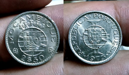 PORTUGAL MOZAMBIQUE 2$50 ESCUDOS 1973 Km#78 BU (G#04-207) - Mozambique