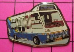 SP05 Pin's Pins / Beau Et Rare / THEME : TRANSPORTS / AUTOBUS URBAIN BLANC ET BLE ROLLIBUS ? - Transportation