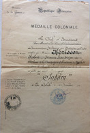 FRANCE MEDAILLE COMMEMORATIVE COLONIALE SAHARA 1910 D'UN MEDECIN MAJOR - Documenten
