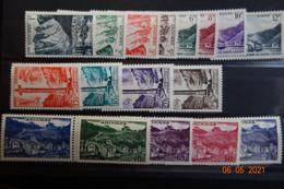 ANDORRE Série N°138/152** MNH Sauf150a/152a C.220e - Nuovi