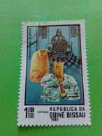 """GUINEE-BISSAU - GUINEA BISSAU - Timbre 1983 : Série """"Histoire Des échecs"""" - Pièces D'échecs - Guinea-Bissau"""