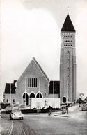 GENK - St. Martinus Kerk.  Monument André Dumont. - Genk