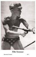 ELKE SOMMER - Film Star Pin Up PHOTO POSTCARD - 40/71 Swiftsure Postcard Year 2000 - Unclassified