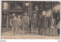 SAINS EN GOHELLE LA REMONTE DE LA FOSSE No 10 1914 - Other Municipalities