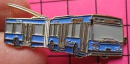 SP05 Pin's Pins / Beau Et Rare / THEME : TRANSPORTS / AUTOBUS URBAIN ARTICULE ELECTRIQUE BLEU Double Attache - Transportation