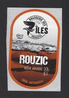 Etiquette De Bière Rousse  -  Rouzic  -  Brasserie Des 7 Iles  à  Trégastel   (22) - Beer