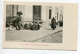 EGYPTE 017 LE CAIRE No 65 Groupe D'Indigènes à PONT LIMOUN  -  1900  Dos Non Divisé Bergeret - El Cairo