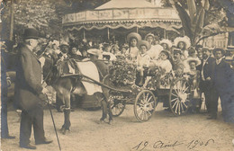 Carte Photo Attelage Cheval Devant Manege A Situer - To Identify