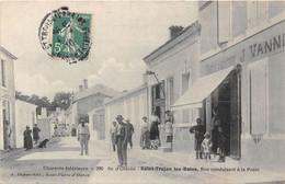 17-ILE D'OLERON- SAINT-TROJAN-LES-BAINS- RUE CONDUISANT A LA POSTE - Ile D'Oléron