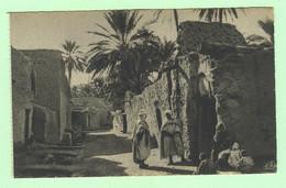 K832 - AFRIQUE - Scènes Et Types - Une Rue Dans Un Village Du Sud - Unclassified