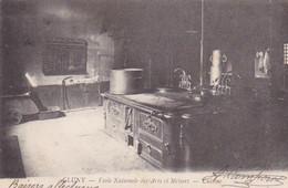 Cluny, Ecole Nationale Des Arts Et Des Métiers, La Cuisine, Vieille Gazinière, Marmite, Annotée - Cluny