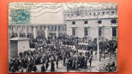 CPA. MADRID. Calle De Bailen.  Procesion Del Viernes Santo.  (R1. 1003 ) - Madrid