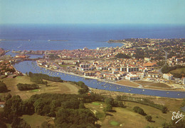 St-JEAN DE LUZ - Vue Générale Avec Au Premier Plan Le Golf. Le Port Et La Grande Plage - Saint Jean De Luz