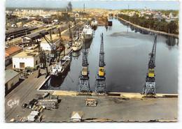 Caen - Le Port. CPSM Edit Artaud. Postée 1965 - Caen