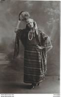 A Identifier. Cpa Photo D'une Femme Du Maghreb. - To Identify