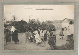 CPA - DAKAR (Sénégal) - Sauvez-vous Voilà Le Photographe En 1900 - Senegal