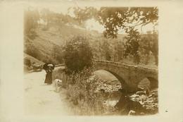 080521 - CARTE PHOTO 43 ST DIDIER EN VELAY  LA SEAUVE - Pont Ruisseau Balade Avec Son Chien Labrador Ombrelle - Altri Comuni